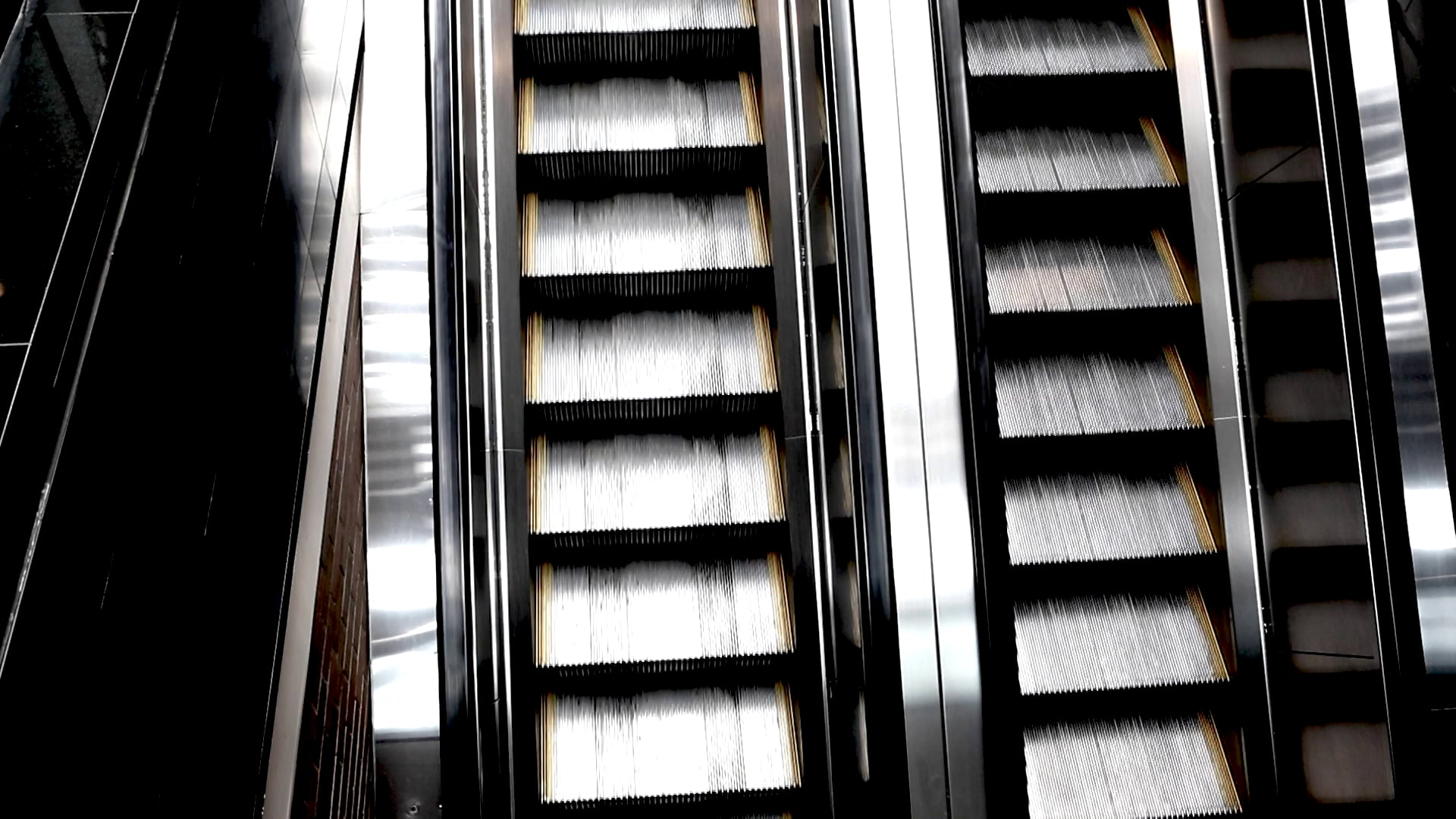 Endless Vertical Escalator