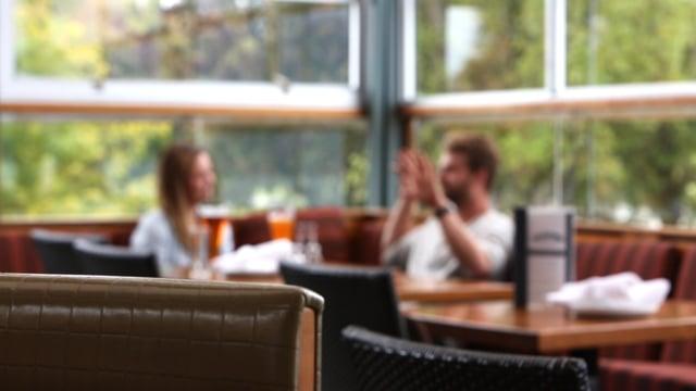 Discussion Restaurant